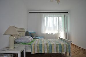 Квартира біля метро, 1-кімнатна, 003