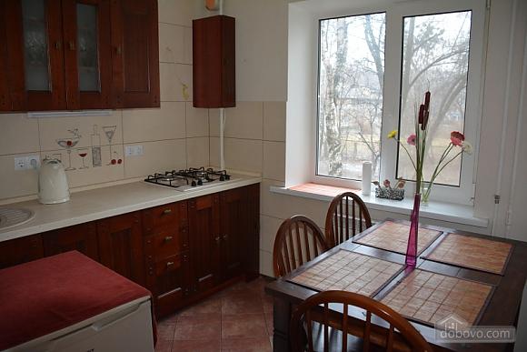Classic apartment with Provans details, Zweizimmerwohnung (13458), 012