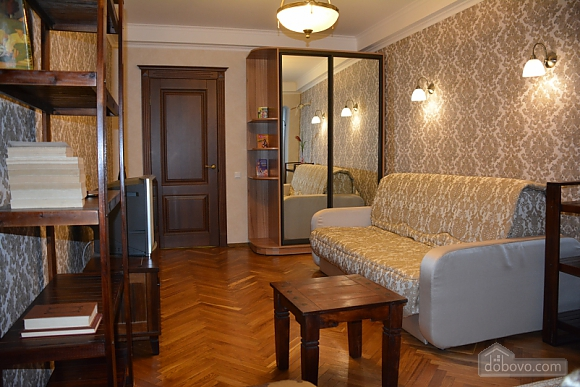 Classic apartment with Provans details, Zweizimmerwohnung (13458), 005
