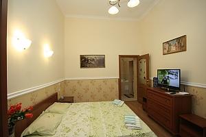 New apartment near Soborna Square, One Bedroom, 004