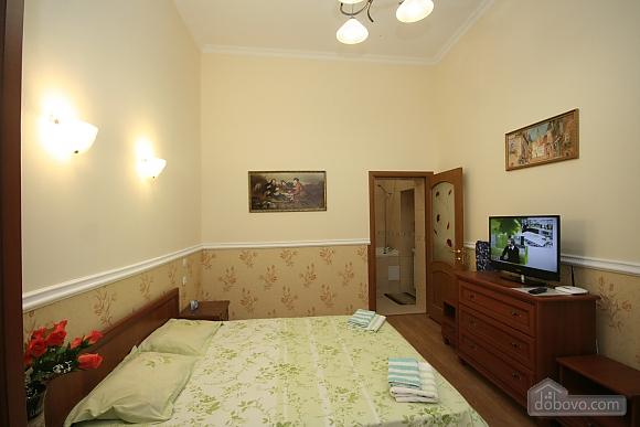Нова квартира поряд із Соборною площею, 2-кімнатна (58556), 004