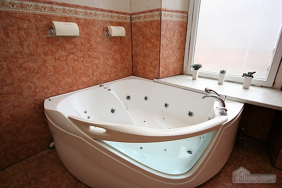 Excellent luxury apt with Jacuzzi and a picturesque view, Due Camere (81138), 042