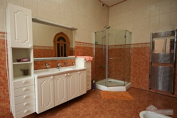 Excellent luxury apt with Jacuzzi and a picturesque view, Due Camere (81138), 043