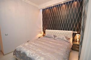 Apartment on Hrecheskaya, Two Bedroom, 004