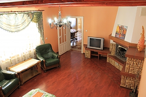 Apartment on Bachinskoho Street, One Bedroom, 002