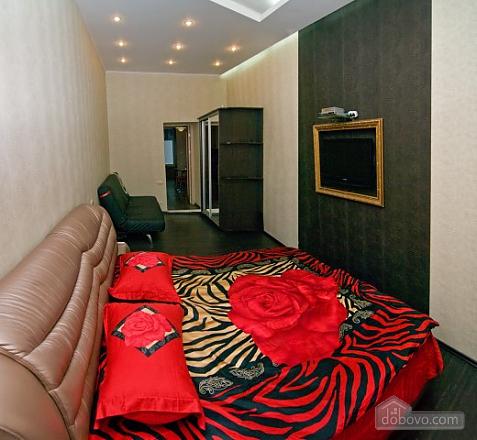 Стильный люкс с джакузи в центре, 3х-комнатная (13919), 006