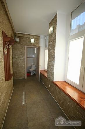Стильный люкс с джакузи в центре, 3х-комнатная (13919), 011