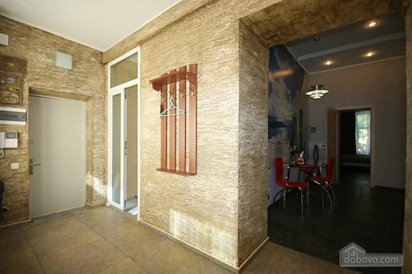 Стильный люкс с джакузи в центре, 3х-комнатная (13919), 013