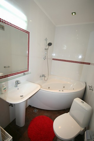 Stylish luxury apartment with Jacuzzi, Two Bedroom, 015