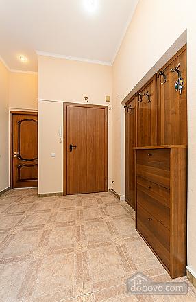 Квартира возле Бессарабского рынка, 3х-комнатная (37358), 006