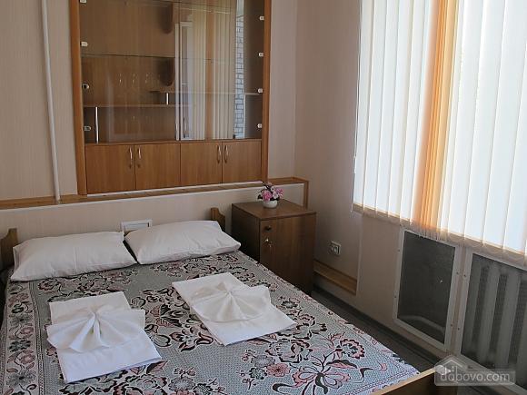 Кімната в хостелі на двох, 1-кімнатна (15106), 003