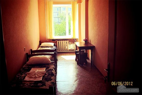 Комната в хостеле на двоих, 1-комнатная (37622), 003