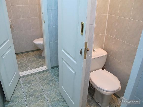 Комната в хостеле на двоих, 1-комнатная (37622), 010