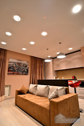 Apartment with jacuzzi in the city center, Due Camere (82786), 010