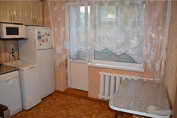 Квартиря біля метро Мінська, 2-кімнатна (15699), 003