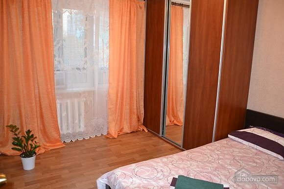 Квартиря біля метро Мінська, 2-кімнатна (15699), 004