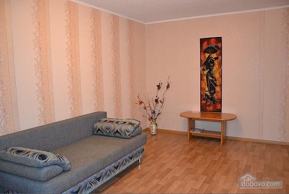 Квартиря біля метро Мінська, 2-кімнатна (15699), 005