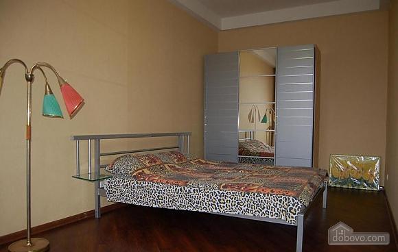 Квартира біля парку Шевченка, 2-кімнатна (83314), 001
