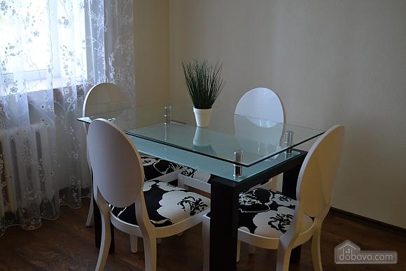 Сучасна квартира в тихому центрі, 2-кімнатна (16029), 007