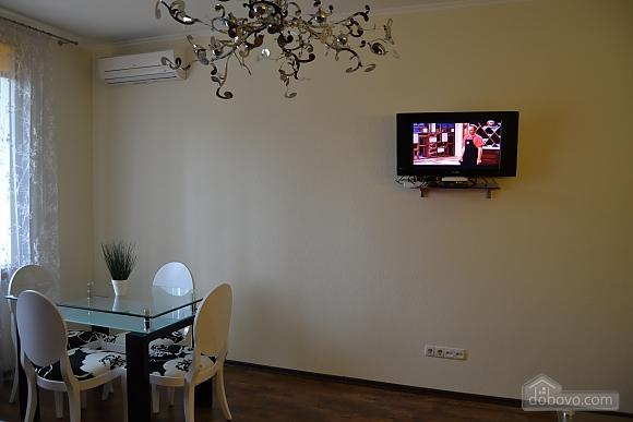 Сучасна квартира в тихому центрі, 2-кімнатна (16029), 008