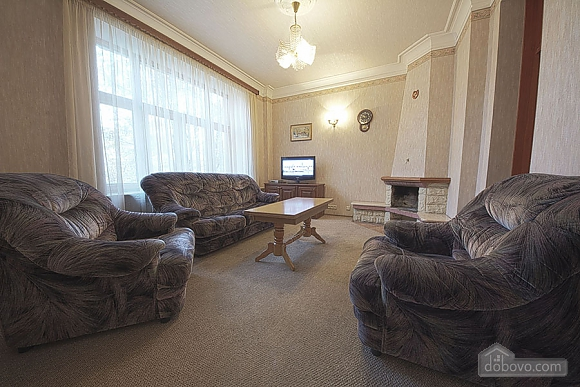 Apartment in the city center, Four Bedroom (39929), 001