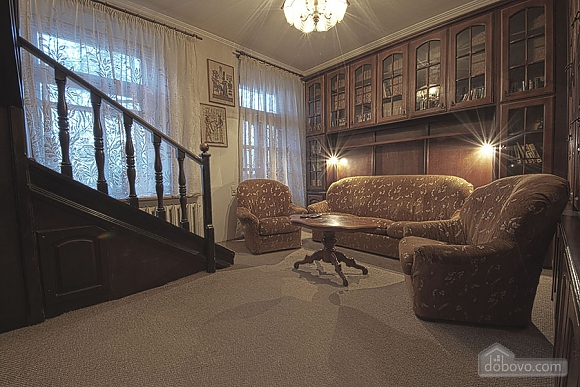 Apartment in the city center, Four Bedroom (39929), 006