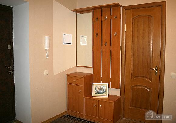 Хорошие апартаменты с интернетом, 1-комнатная (62445), 012