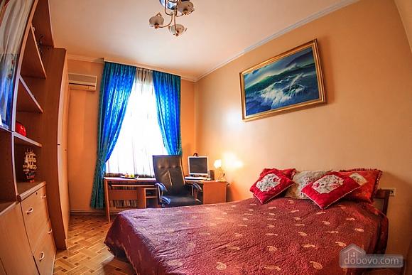 Квартира біля Оперного театру, 4-кімнатна (17611), 010