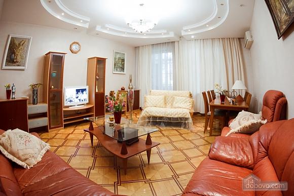 Квартира біля Оперного театру, 4-кімнатна (17611), 004