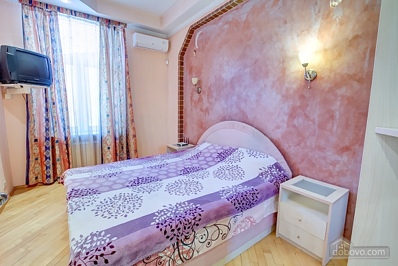 Bedroom with Jacuzzi, Un chambre (63764), 017