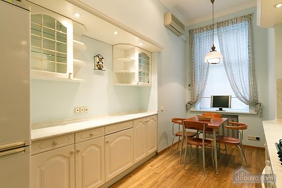 Lva Tolstoho square apartment, Due Camere (18797), 006