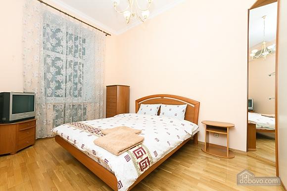 Lva Tolstoho square apartment, Due Camere (18797), 002