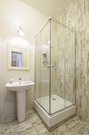 Quiet comfortable double room with shower, Monolocale, 002