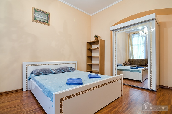 For 12 persons in the city center, Three Bedroom (87862), 001