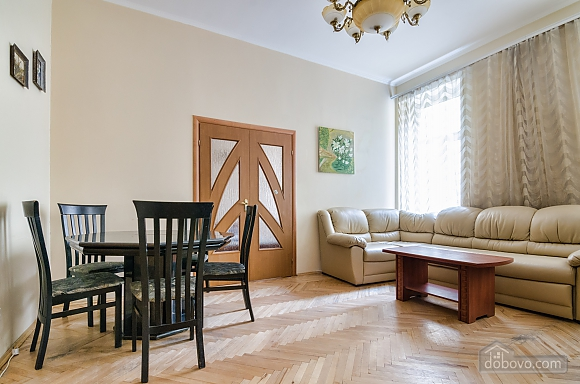 For 12 persons in the city center, Three Bedroom (87862), 019