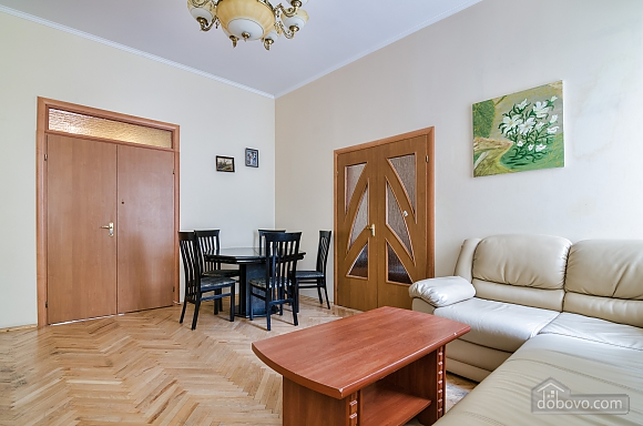 For 12 persons in the city center, Three Bedroom (87862), 020