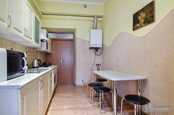 For 12 persons in the city center, Three Bedroom (87862), 023