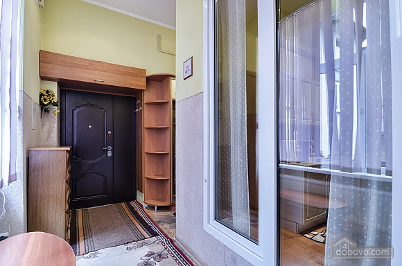 For 12 persons in the city center, Three Bedroom (87862), 025