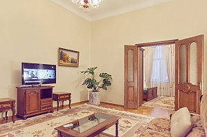 Comfortable 2 bedroom LUX on Nezalezhnosti square, Two Bedroom, 004