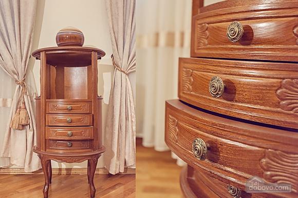 Комфортная 3х комнатная квартира LUX на Майдане, 3х-комнатная (20379), 005