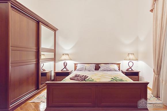 Комфортная 3х комнатная квартира LUX на Майдане, 3х-комнатная (20379), 007