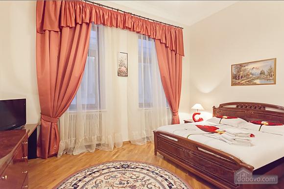 Комфортная 3х комнатная квартира LUX на Майдане, 3х-комнатная (20379), 017