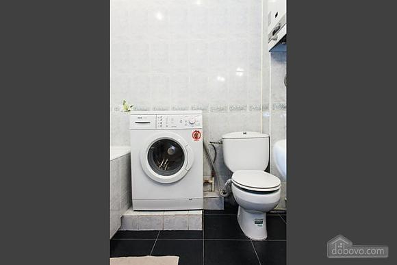 Квартира з хорошим інтер'єром, 2-кімнатна (87994), 004