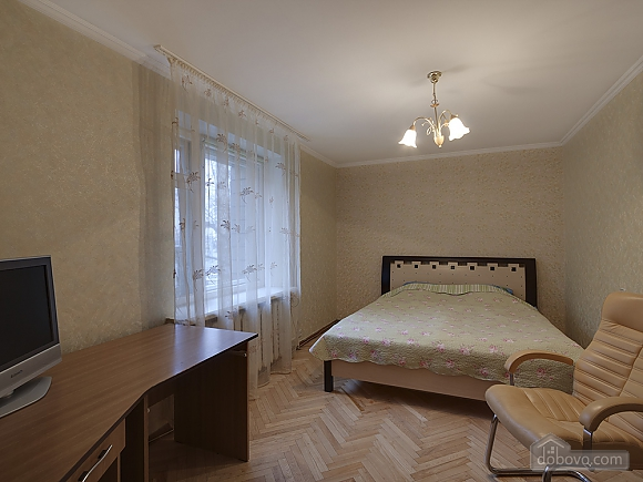 Big comfortable apartment near subway, Tre Camere (43093), 004