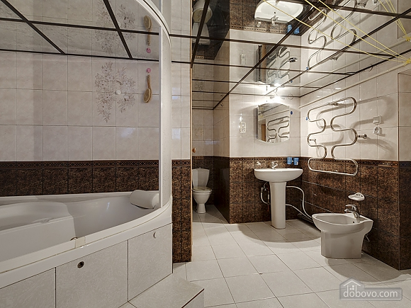 Big comfortable apartment near subway, Three Bedroom (43093), 005