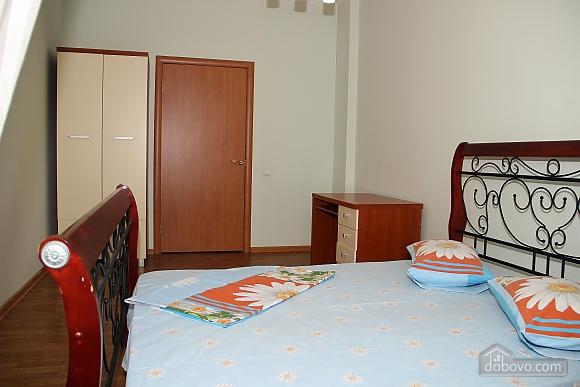 4 bedrooms Arcadia 15 minutes Derybasivska 10 minutes 140 m2, Tre Camere (20709), 012