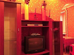 VIP квартира в тихому районі, 1-кімнатна, 002