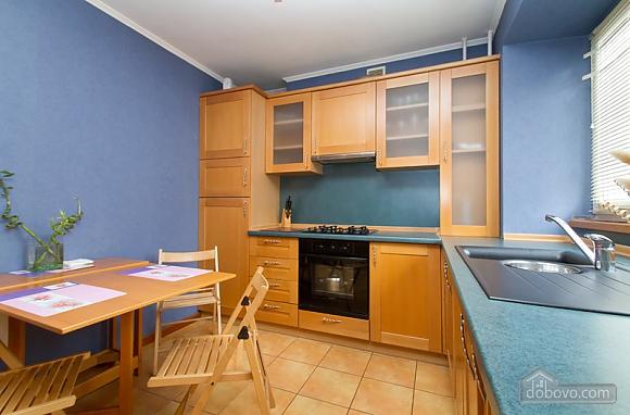 Затишна квартира в центрі Києва, 2-кімнатна (44148), 004