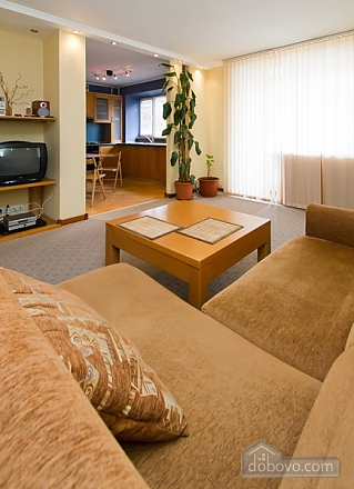 Затишна квартира в центрі Києва, 2-кімнатна (44148), 006