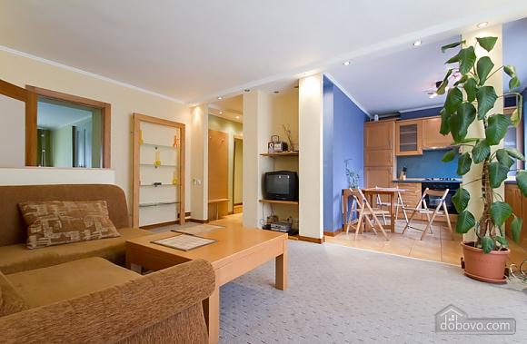 Затишна квартира в центрі Києва, 2-кімнатна (44148), 008